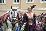 Hrabě Valdštejn po roce opět zavítal mezi poddané. Valdštejnské slavnosti znovu vytáhly do ulic Litvínova tisíce lidí.