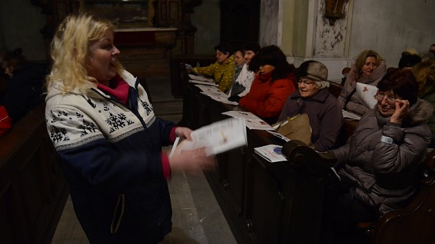 Česko zpívá koledy s Deníkem na Mostecku