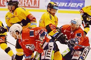 Litvínov si v předposledním zápase play out podal Pardubice.