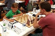 Desetiletý mostecký šachista Vladimír Veverka.