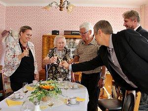 Marie Svatošová oslavila 102. narozeniny