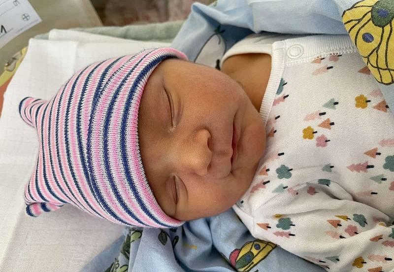 Matyáš Hanka se narodil 16. září ve 13.08 hodin mamince Haně Hankové ze Žatce. Měřil 50 cm a vážil 4,10 kg.