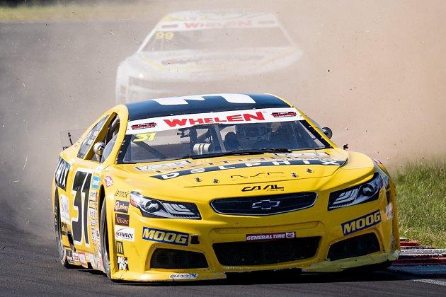 NASCAR na mosteckém autodromu.