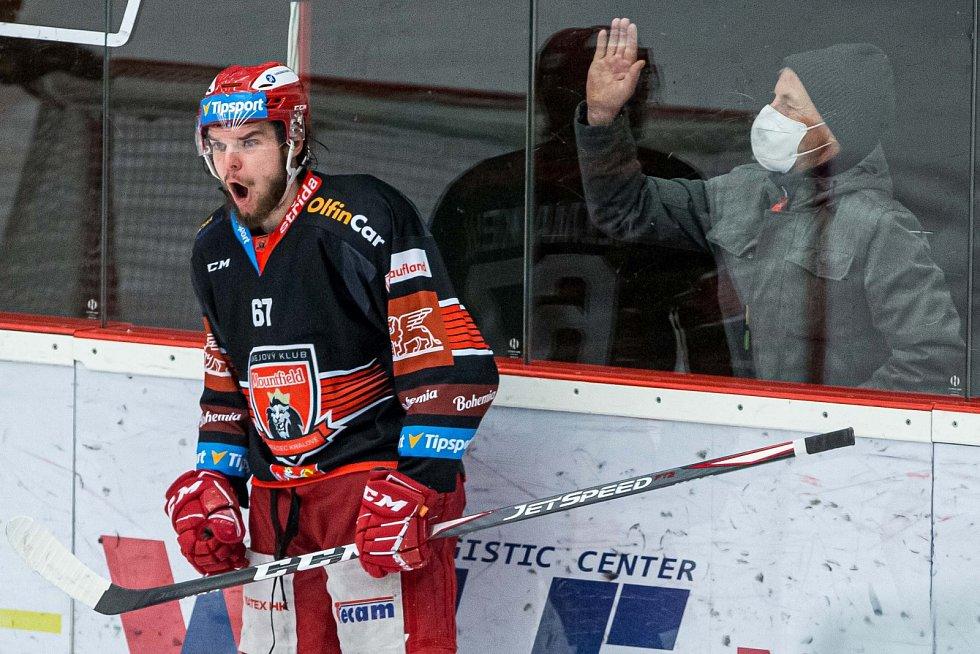 První zápas předkola play off mezi domácím Hradcem a Litvínovem.