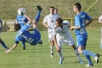 Souš (v modrém) čeká v sobotu derby se Žatcem.