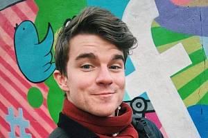 Známý youtuber Kovy, civilním jménem Karel Kovář.