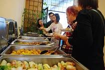 V Mostě se uskutečnila ochutnávka vietnamských jídel.