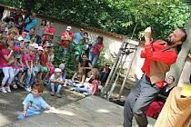 Živou zahradu na zámku v Korozlukách si oblíbily hlavně rodiny s dětmi.