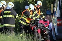 V červenci zahynul motorkář také v Polepech na Litoměřicku.