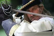 Šermíř Josef Flekáč chce veřejnost nalákat 16. srpna nalákat na velkou historickou bitvu.