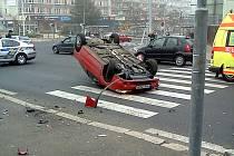 Nehoda v centru Mostu.