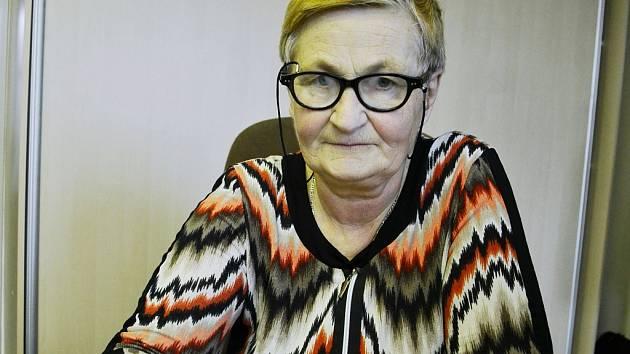 Olga Poborská z Mostu moc ráda luští křížovky. V dubnu se objeví na ČT1 v soutěži Kde domov můj?
