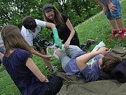Soutěž v poskytování první pomoci na Šibeníku v Mostě.