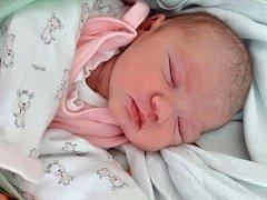 Ema Strnadová se narodila mamince Michaele Strnadové z Mostu 26. února 2017 ve 23.10 hodin. Měřila 47 cm a vážila 2,83 kilogramu.