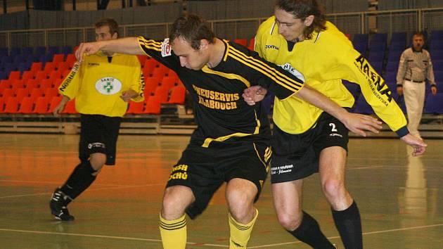 Futsalisté Sico Jilemnice ve žlutých dresech.
