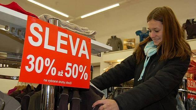 1ccb6114a2d V Česku začínají výprodeje