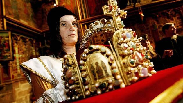 Originál říšské koruny.