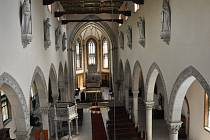 Generální oprava varhan v novogotickém kostele Panny Marie v Dubí.