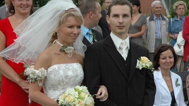 Primátor Kubera vdával dceru v botanické zahradě.