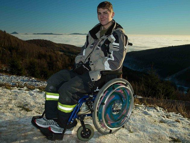Jirka Škuthan se pere s následky těžkého úrazu a ví, že už nikdy nebude chodit.