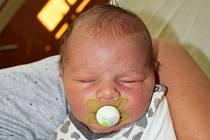 Adam Šnajdr se narodil Martině Vojíkové zTeplic 3. září  v19,23 hodin v teplické porodnici. Měřil 54 cm, vážil 4,25 kg.