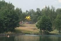 Vrtulník záchranářu na Barboře u Oldřichova
