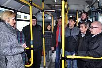 Ministryně pro místní rozvoj Karla Šlechtová se v Teplicích setkali s řidiči Arriva Teplice.