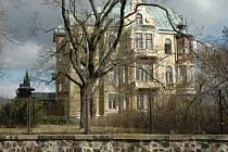 Vila v Čapkově ulici v Teplicích