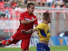 Alois Hyčka ještě v dresu Zbrojovky v podzimním utkání Brna s Teplicemi.