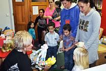 Do sbírky pro azylový dům v Oseku přispělo 20 maminek