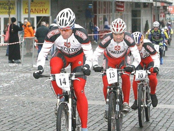 Ústecká dlažba jezdcům příliš nesvědčila.