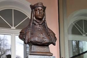 Slavnostní odhalení busty královny Judity.