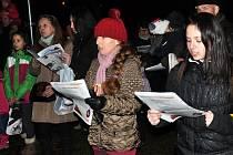 Česko zpívá koledy 2015 v Teplicích u Zahradního domu