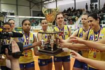 Finále Česko-Slovenského poháru v Teplicích. Modřanská Prostějov - Doprastav Bratislava