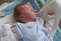 Tadeáš Novotný se narodil mamince Lucii Novotné v ústecké porodnici 12. března v 18:34. Měřil 50 cm a vážil 3650 gramů.