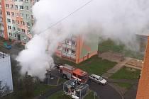 Požár auta v Krajní ulici v Teplicích.