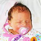 LENKA SCHIFFEROVÁ se narodila Lence Schifferové z Dubí 1.11. v 10.43 hod. v teplické porodnici. Měřila 49 cm a vážila 2,90 kg.