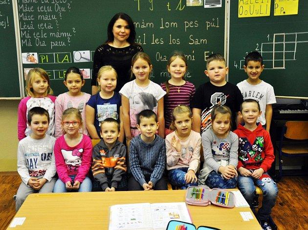Na fotografii jsou žáci ze ZŠ Teplická vKrupce, 1.Atřída paní učitelky Danuše Soukupové.