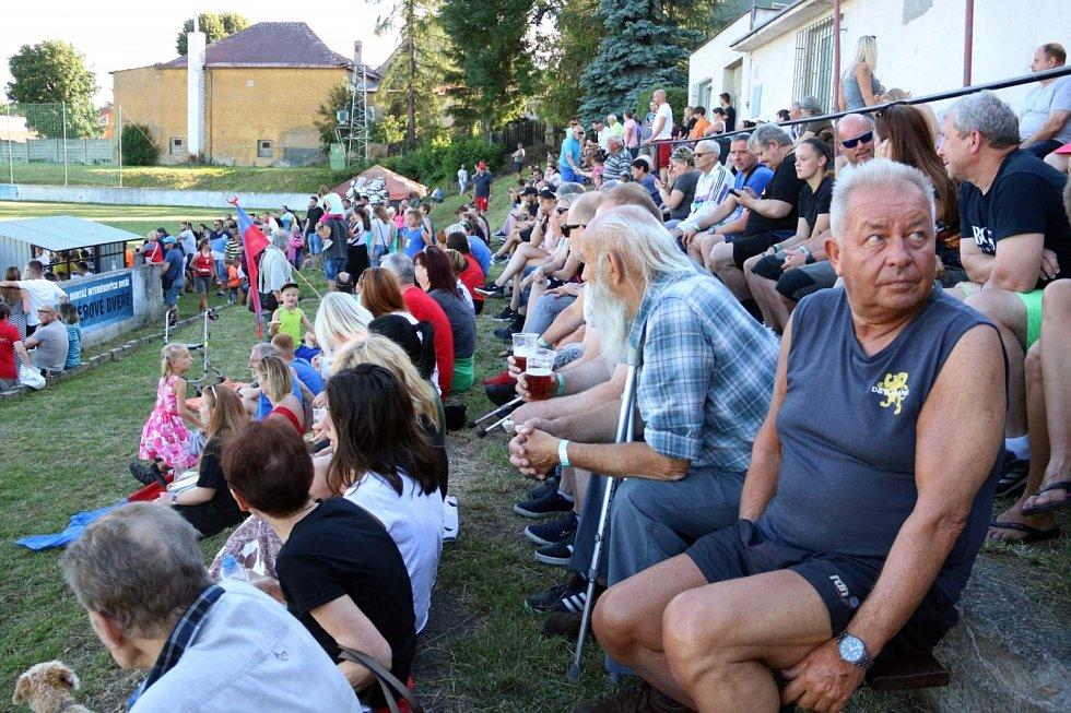 Oslavy 75 let fotbalu v Hrobu