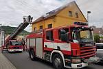 V Bystřanech hořela střecha obytného domu.