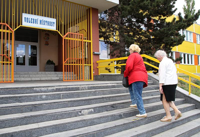 První kolo senátních voleb na Teplicku.