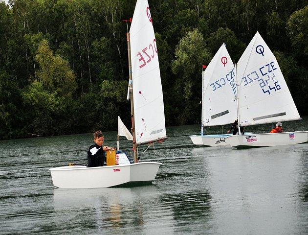 Týdenní závody plachetnic na Barboře.