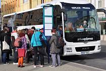 Arriva na autobusové lince Teplice –  Praha.