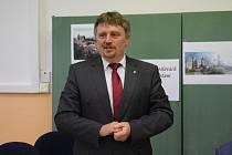 Ředitel školy Jiří Nekuda