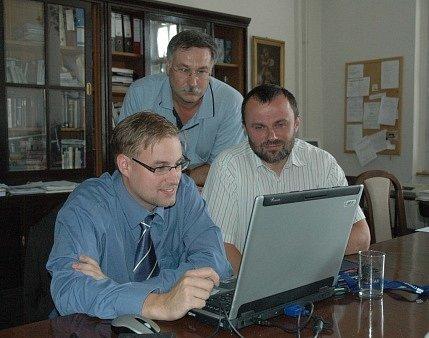 Schůzka nad velkým projektem