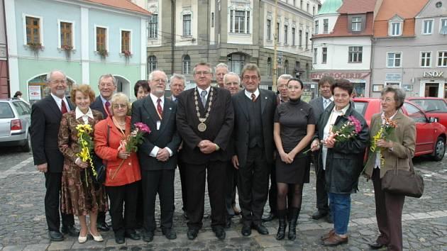Rodáci z Bíliny, kteří nyní žijí převážně v německy mluvících zemích, byli pozváni na radnici.