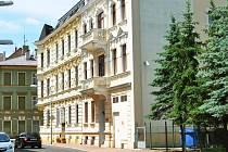 Česká provincie Kongregace Milosrdných sester sv. Kříže vyhrála v úterý soudní spor se státem o penzion, který je součástí lázeňského komplexu v centru Teplic (Vojenské lázně, dnes Judita).