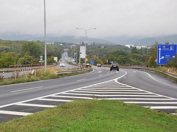 Tento most vTeplicích na E55 budou opravovat.