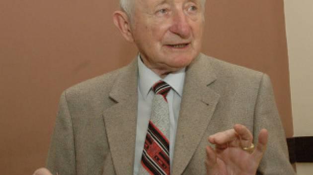 Antonín Jílek jezdí do teplických lázní již padesát let