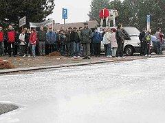 Protesty zemědělců v Česku - na silnici vylili mléko